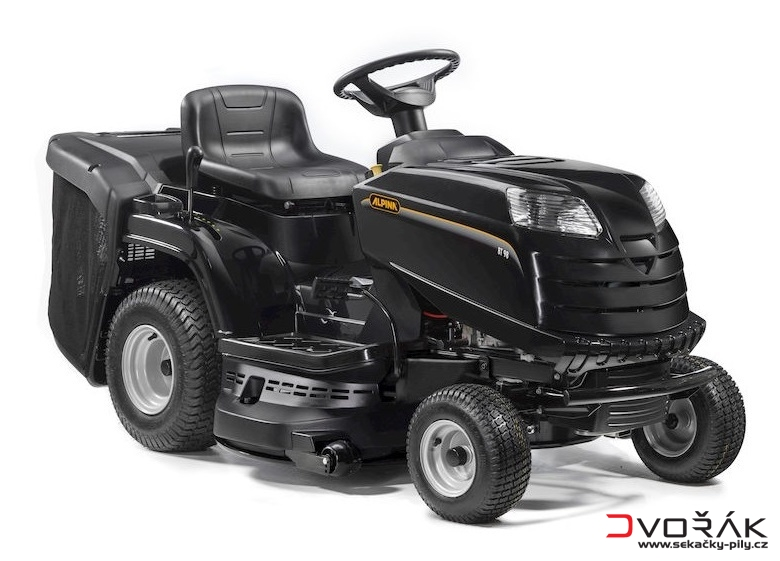 travn traktor stiga bt 84 hcb alpina sekacky. Black Bedroom Furniture Sets. Home Design Ideas